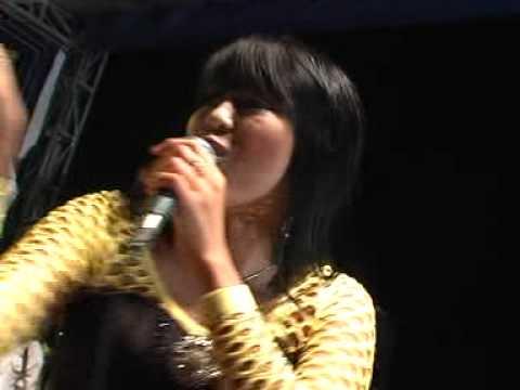 wiwik sagita - Ngamen