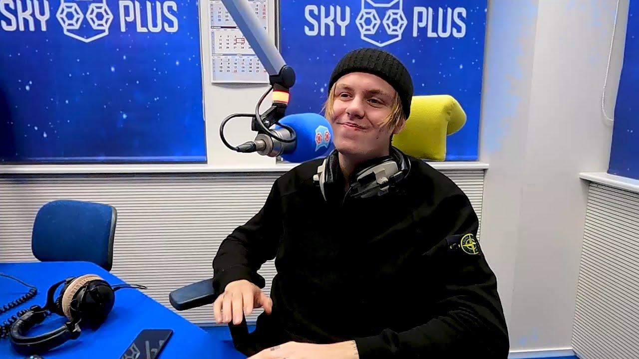 Külas käis Eesti Laul 2021 poolfinalist Karl Killing looga ''Kiss me'' | Sky Plus