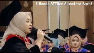"""Menyanyikan lagu """"Ayah"""" Seventeen & """"Lagu untuk mama"""" pada Wisuda STIKes Sumatera Barat 2019"""