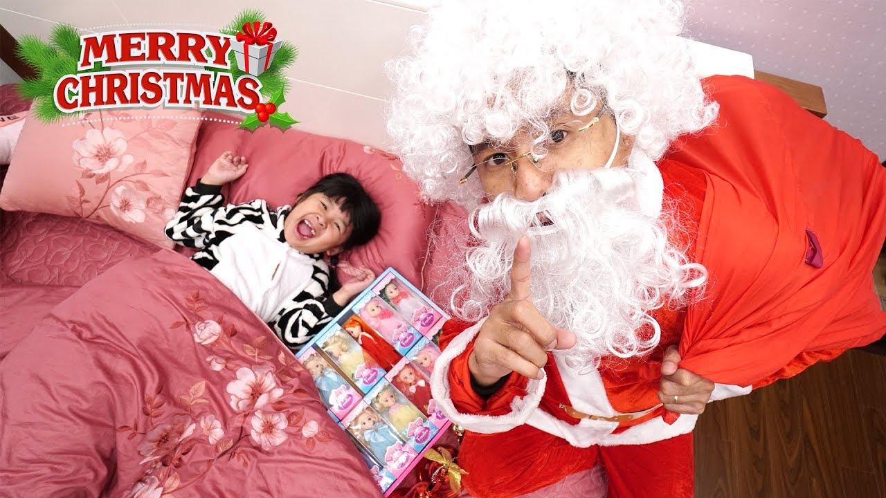 ÔNG GIÀ NOEL TẶNG QUÀ BẤT NGỜ CHO BÉ BÚN và BÉ BẮP | Gifts of Santa Clauss for Children