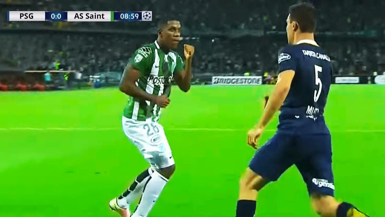 THE MOST BRUTAL KNOCKOUTS IN FOOTBALL