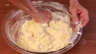 сдобное тесто на сыворотке и сметане для пирожков и булочек