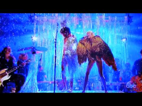 Miley Cyrus feat. Flaming Lips - Lucy in the Sky With Diamond, Billboard Awards 2014