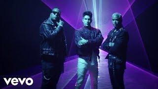Смотреть клип Chyno Miranda, Zion & Lennox - Hasta El Ombligo