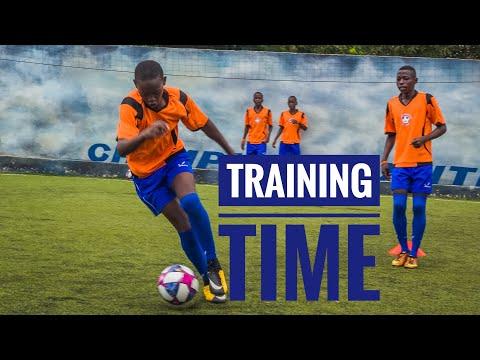 Training day in Uganda with Volf Soccer Academy.