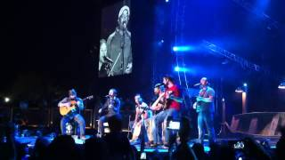 Zac Brown Band with Darius Rucker, Wagon Wheel