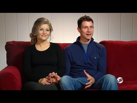 Bringing Up Bates Exclusive - Torn For Thanksgiving