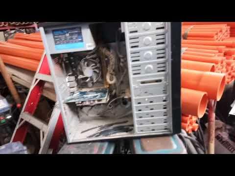How to clean desktop computer