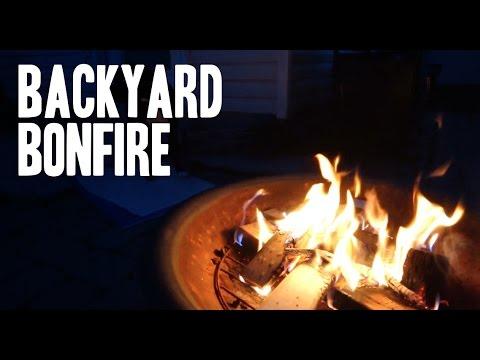 BACKYARD BONFIRE!! - YouTube