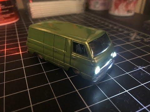 Hot Wheels : Custom Dodge A100 Van with Working Lights!