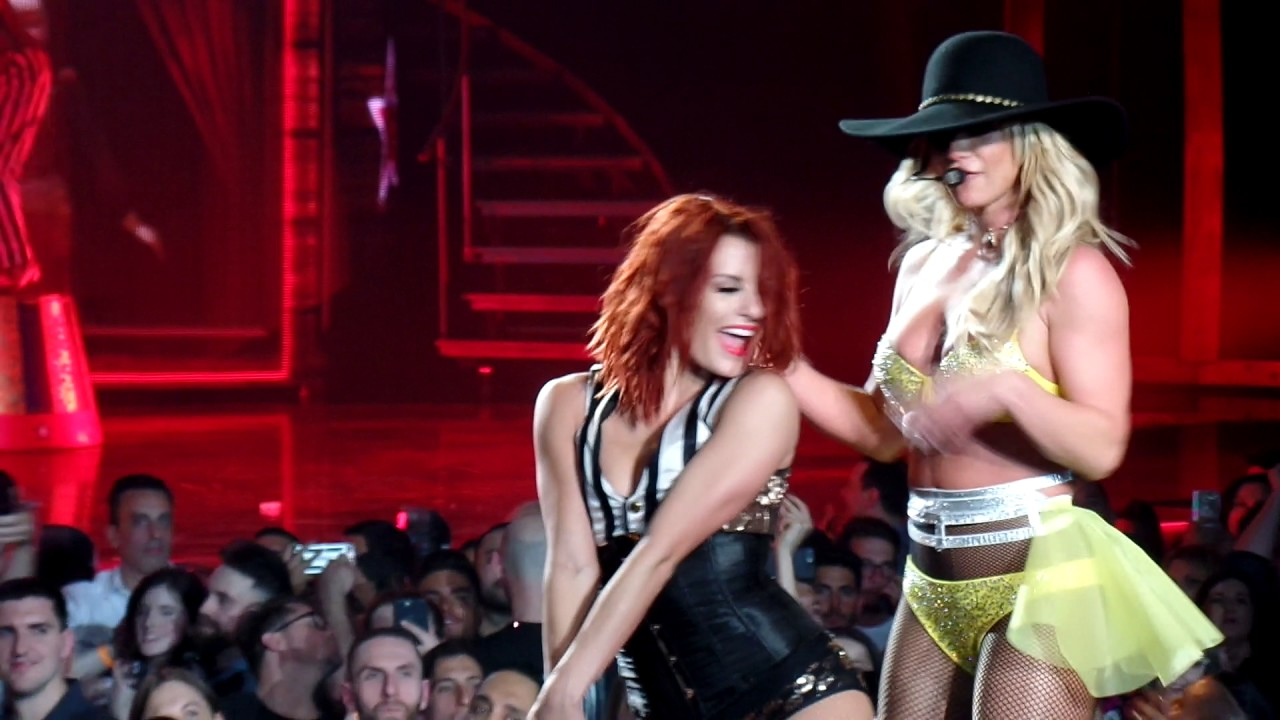 Britney Spears - If you seek Amy @ Planet Hollywood Las ...