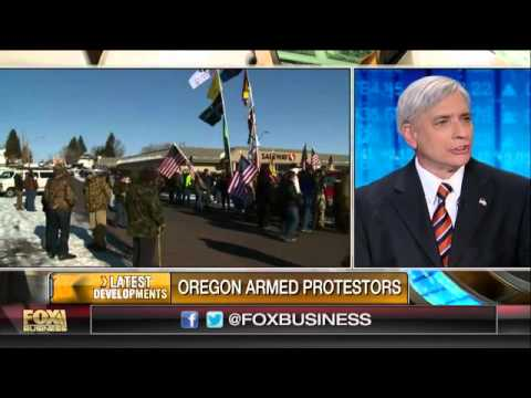Government vs. armed protesters in Oregon land dispute
