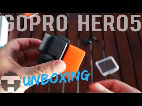 GoPro Hero 5 Floaty Backdoor Installation 🏄📸📽🌊 Unboxing Gopro Surf Mount Montage +Surf Floaty