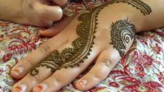 The Most Popular Henna Design of Summer 2014 TUTORIAL!