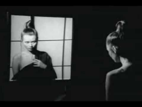 Chris Isaak - Don't Make Me Dream About You