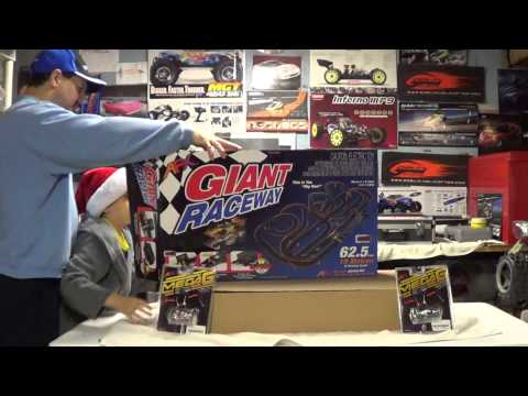 Afx giant raceway electric slot car set