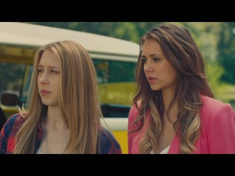 Taissa Farmiga, Nina Dobrev Become Unlikely Scream Queens in 'The Final Girls'