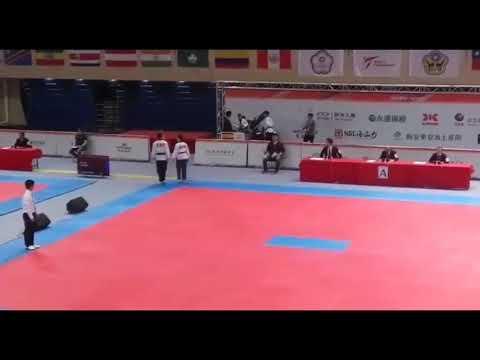 Los monfortinos Álex Camba e Elena Varela competindo no Mundial de Taiwan