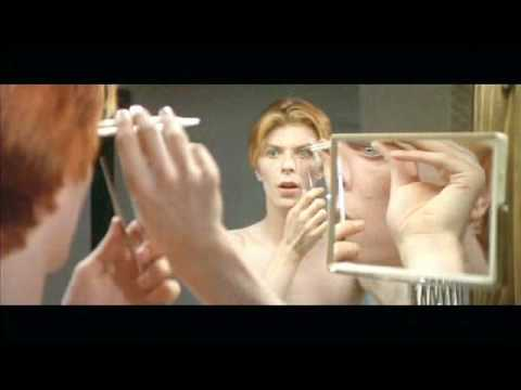 The Man Who Fell To Earth David Bowie