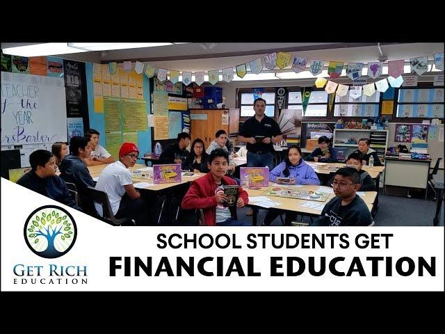 School Students Get Financial Education