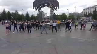 kpop random dance на цветном бульваре г. Тюмень (24.06.2018)
