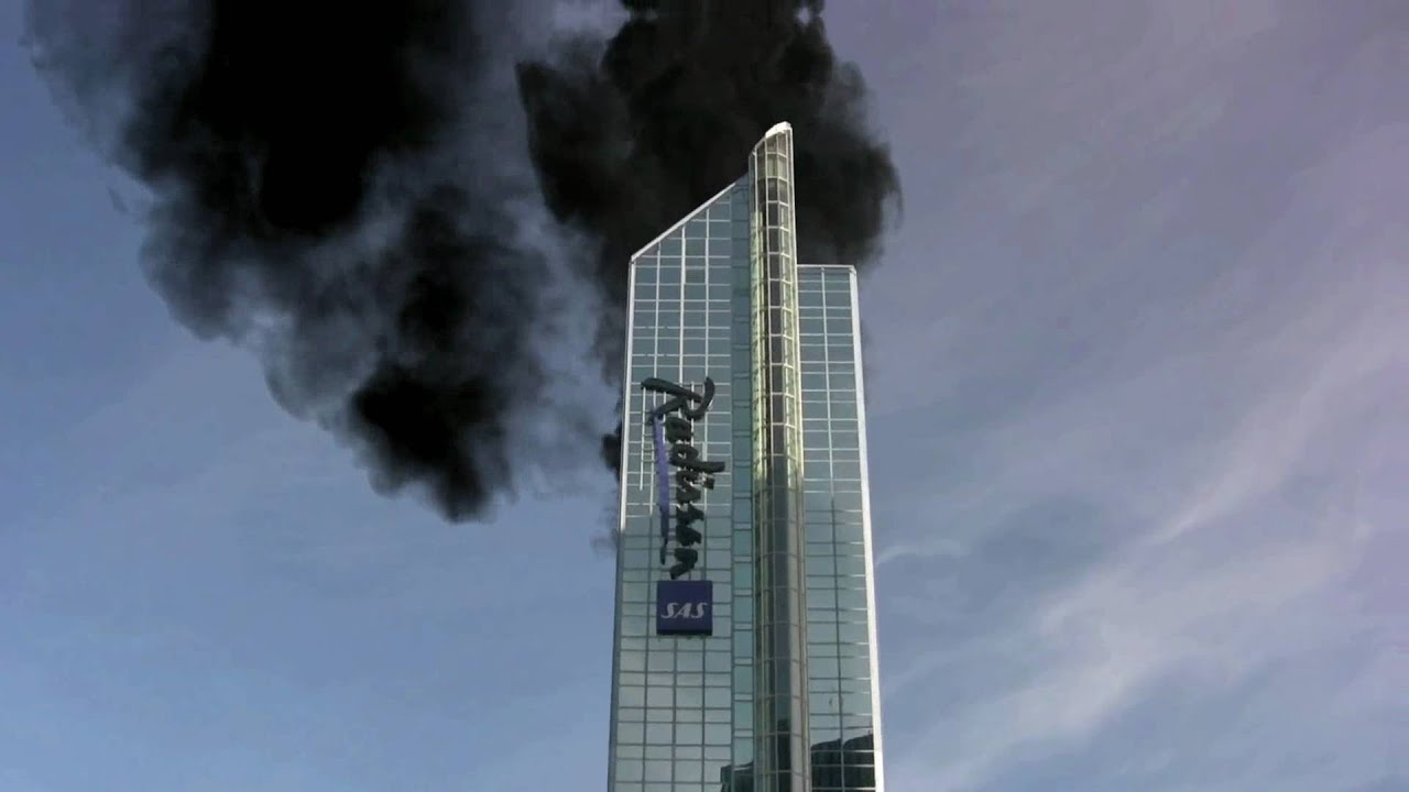 Oslo Radisson Plaza Goes Down - YouTube