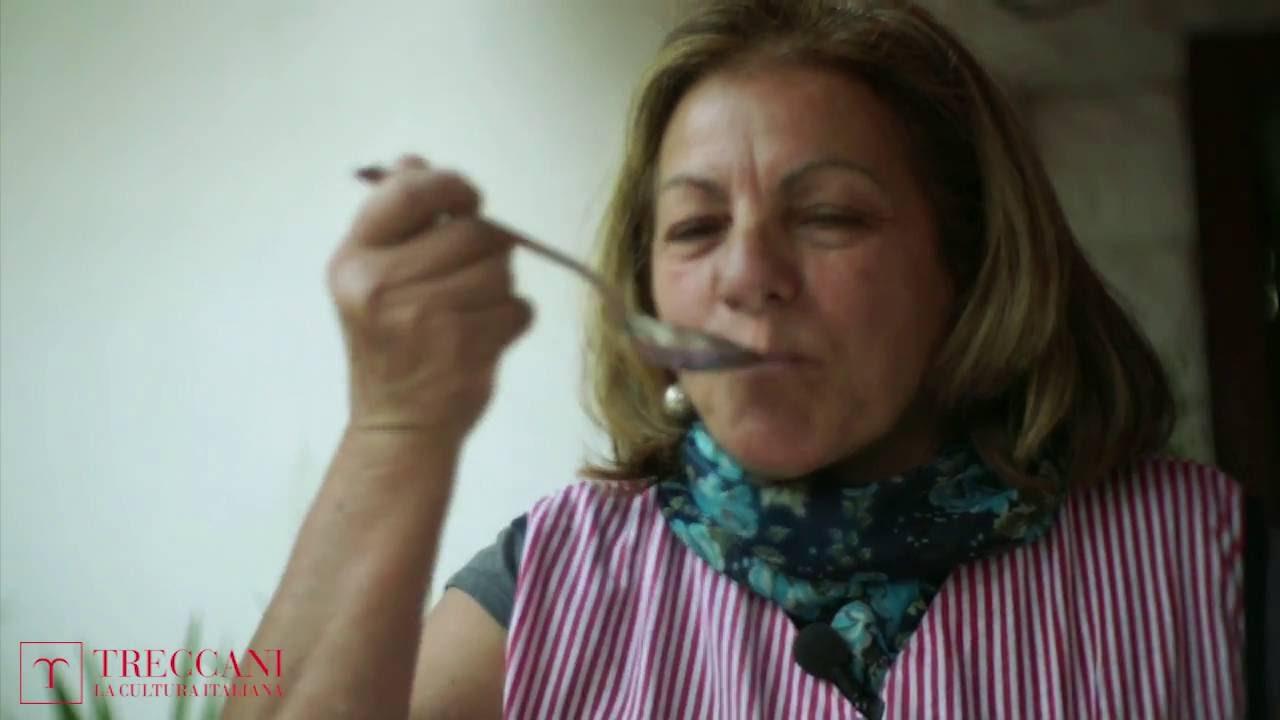Nonne d italia in cucina orecchiette con sugo di - Nonne in cucina ...