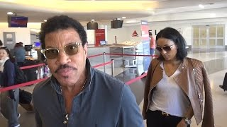"Lionel Richie Says Donald Trump Is The ""Best Show Business Ever"""