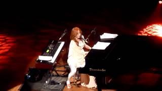 Tori Amos - Dragon (The Orpheum Theatre, Los Angeles CA 12/18/11)