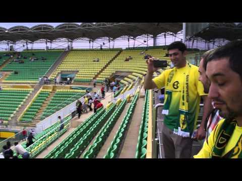 Анжи - СКА Энергия, Герд Крамбер поет на поле перед матчем