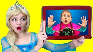Elsa Spends Too Much Time Playing on TABLET and SUDDENLY FINDS HERSELF IN IT !!   Super Elsa