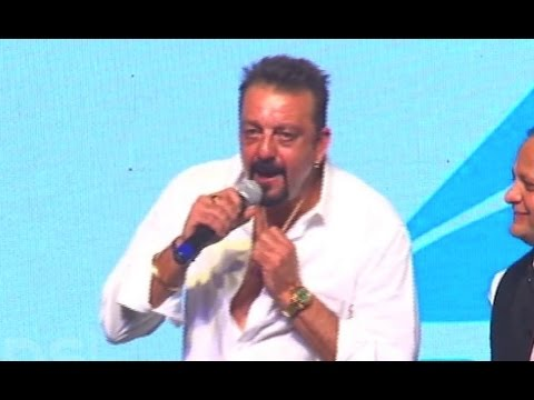 Vaastav - Sanjay Dutt 50 Tola Dialogue For His Fans! - YouTube