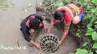 Primitive Food: Make traps fish and catch fish in the dry season - Eating delicious