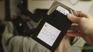 $7 Hard drive storage case Review - Protect your bare 3.5
