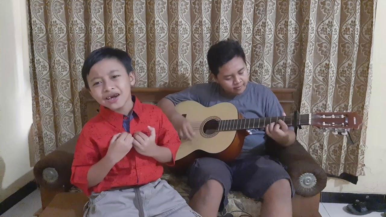 "Cover lagu ""IBU PERTIWI"" by nizham&irfan - YouTube"