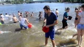 Water battle in Kyiv 17 08 2013