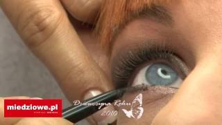 Dziewczyna Stycznia 2010 - fryzury i makijaż