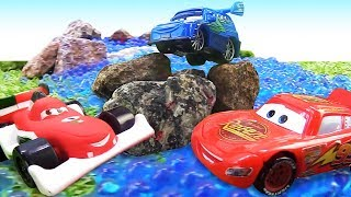 Lightning McQueen & Disney Pixar cars toys: Lightning McQueen full episodes