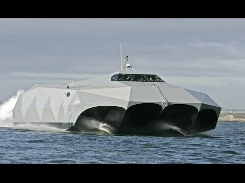Super Fast US Navy M80 Stiletto Stealth Ship