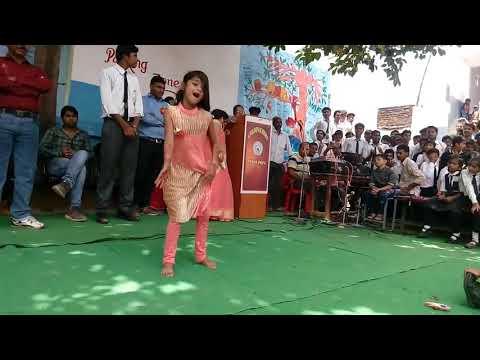 is bachi ka dance dekh ke sapna chodhari v heran ho gye ///Teri Aakhya ka yo kajal b