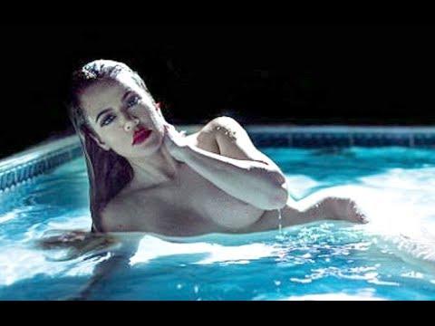 Khloe Kardashian Completely Nakked Photoshoot In Pool Youtube
