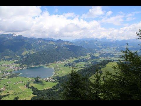Wandern auf den Heuberg am Walchsee in Tirol