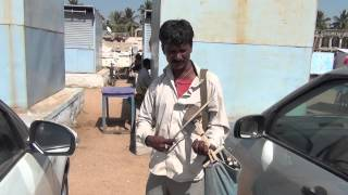 Super talend in the street. Bollywood evergreen songs in handmade toy violin