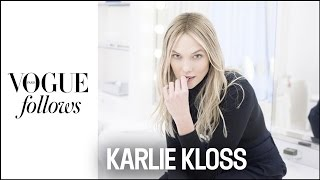 Karlie Kloss : Fashion Week Catch-Up in Paris |  #VogueFollows  |  VOGUE PARIS