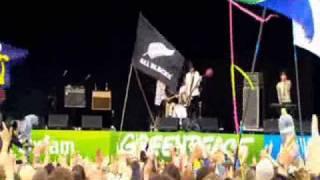 It's Not Over Yet - Klaxons Live