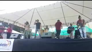 Ministerio La Señal - Por Siempre Feliz Feat Adri Fonseca En Vivo - Teletón Costa Rica