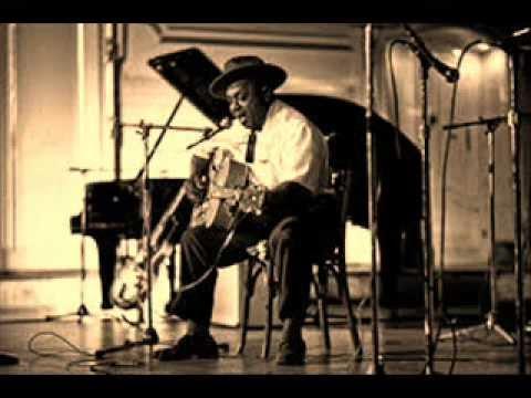 Big Joe Williams- Hellhound On My Trail