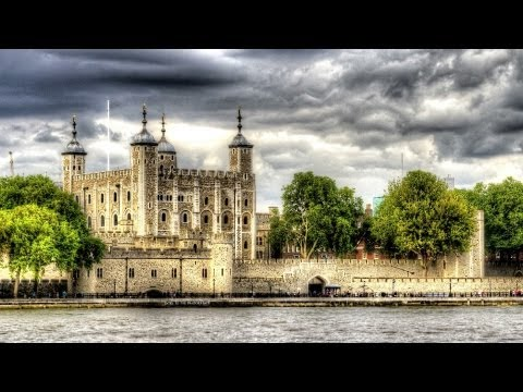 Visiting the Tower of London | London Travel