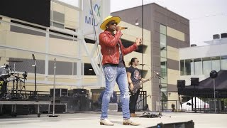 Jimmie Allen Performs Freedom Was A Highway Live - mp3 مزماركو تحميل اغانى
