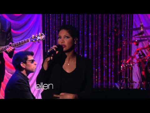 Toni Braxton and Babyface Perform 'Hurt You'